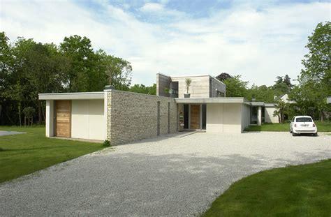 cyr sur loire maison contemporaine blanche votre maison d architecte en touraine