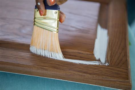 Deglosser For Cabinets by How To Paint Kitchen Cabinets Without Sanding Or Priming