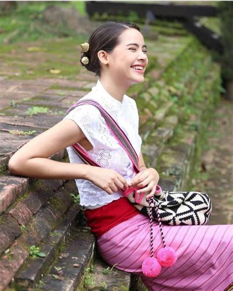 รอยยิ้มของเธอคนนี้ทำให้โลกสดใสขึ้นมาที เจอกัน 10 มิย. นี้ ...
