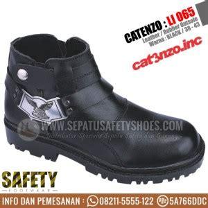 toko sepatu safety dan sepatu gunung