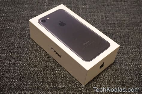 iphone box apple iphone 7 what s in the box techkoalas