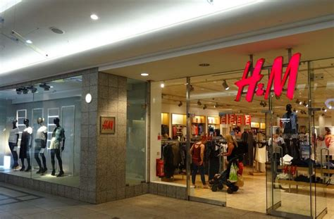H & M  The Lanes Shopping Centre