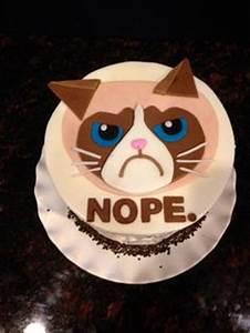 Birthday Cakes - My 39th Birthday Cake…Grumpy Cat (my ...