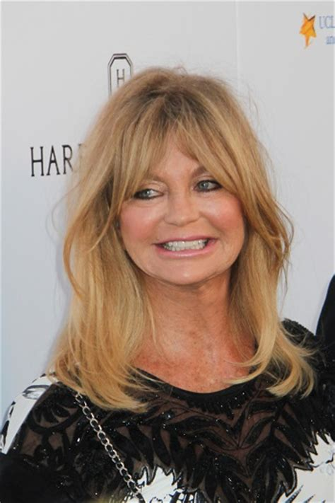 hairstyles goldie hawn long layered hairstyle