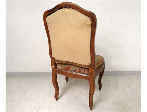 chaise noyer chaise à châssis louis xv noyer sculpté tapisserie fleurs
