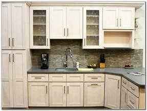 bathroom cabinet hardware ideas kitchen cabinet hardware ideas pulls or knobs