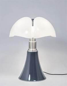 Lampe Italienne Pipistrello : elled cocrush l iconique lampe pipistrello passe en mode denim pour l automne idees ~ Farleysfitness.com Idées de Décoration