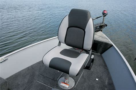 New Lund Boat Seats by Dual Side Stepped Rod Storage Up To 12 Rods An Aerated