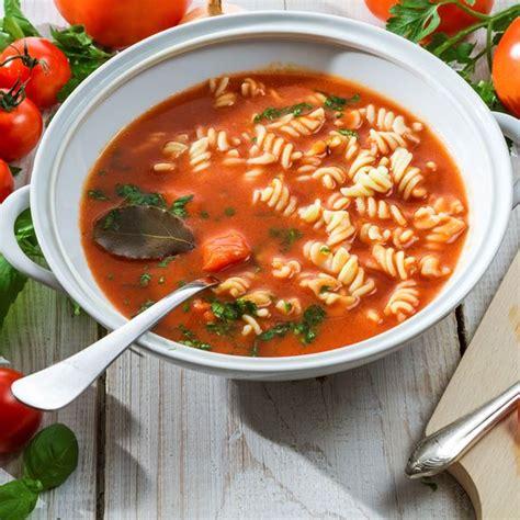 recette soupe de p 226 tes 224 la tomate et au basilic