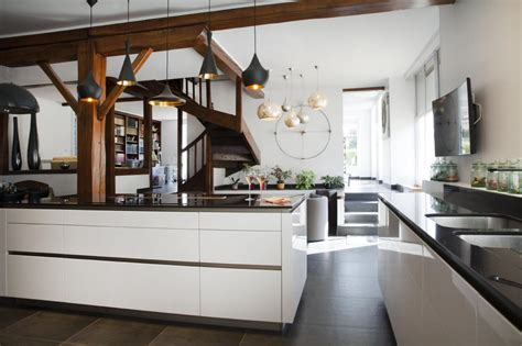 cuisine escamotable cuisine design avec ilot et hotte escamotable