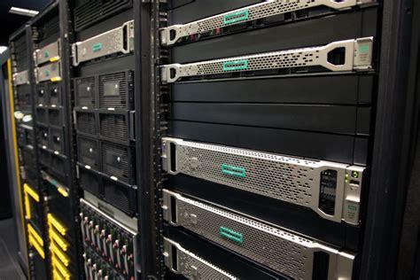 intel plans  change servers   breaks