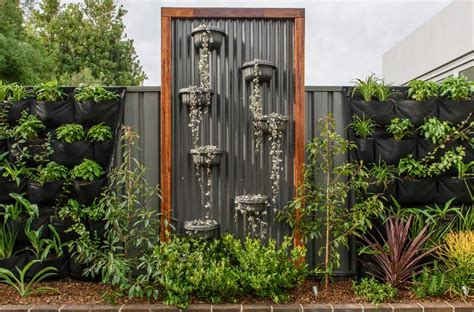 garden feature wall colours our maranello wall planters the hipsters of wall gardens homeleisure