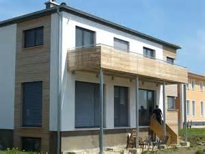 glas fã r balkon balkon holz mehrfamilienhaus r m metallbau gmbh co kg