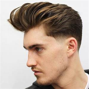 Coupe De Cheveux Homme Stylé : la coupe pompadour homme fait son grand retour dans les salons de coiffure ~ Melissatoandfro.com Idées de Décoration
