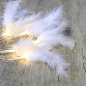 Guirlande Led Blanche : guirlandes lumineuses plumes blanches ~ Teatrodelosmanantiales.com Idées de Décoration