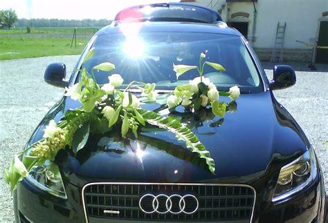 capot de voiture fleuriste lyon franck hernandez