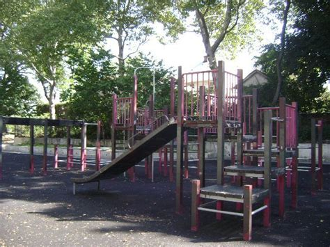 briarwood playground highlights nyc parks