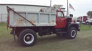 International R-190 Dumptruck