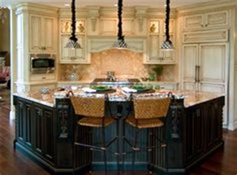 and light kitchen the color combo of cabinet