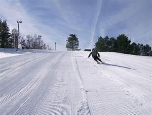 Brantling Ski Slopes
