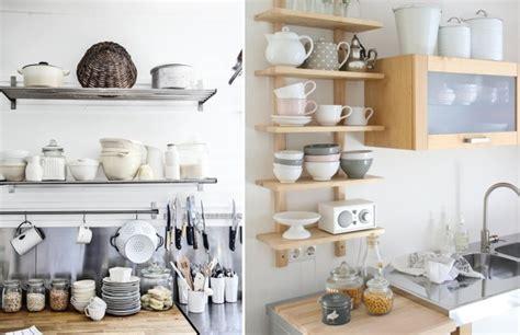 foto menaje cocina estantes abiertos de miriam marti