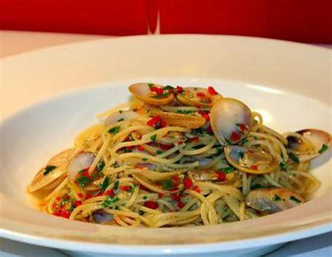 pates a la vongole recette de spaghetti alle vongole aux palourdes