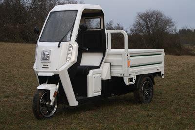 mofa 25 km h ohne führerschein elektrofahrzeug friesenscooter 2 sitzer 2 t 252 ren heizung geschlossene kabine ohne