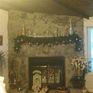 Glass, Snowmen, Sit, On, Mantle, And, Lighted, Wreath, Hold, Family, Member, Name, Balls