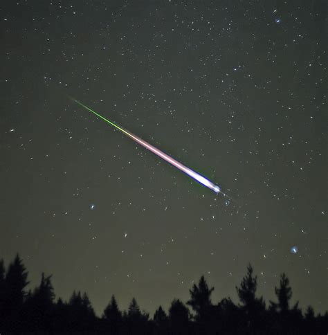 meteor shower definition 233 toile filante wiktionnaire