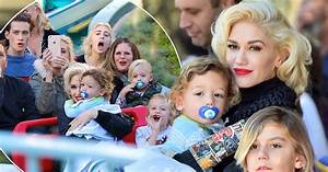 Gwen Stefani spends Black Friday at Disneyland with her ...