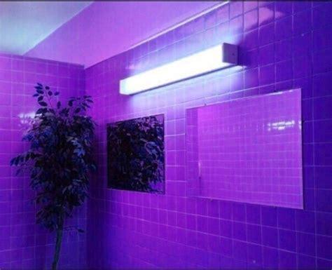 neon chambre bleu néon violet chambre image 4653714 par lucialin
