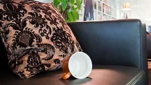 Pflege Für Ledermöbel : speckige sitzfl che auf rauleder sofa aufrauen lifestyle ~ Markanthonyermac.com Haus und Dekorationen