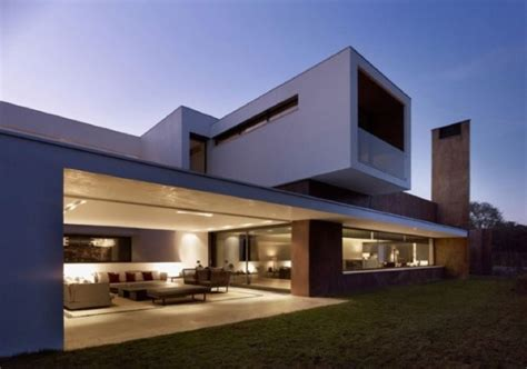 40 Ultra-modern Minimalist Homes