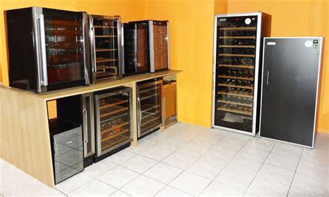 cave a vin sous plan de travail showroom ma cave a vin 224 lyon climadiff artevino dometic avintage la sommeli 232 re liebherr