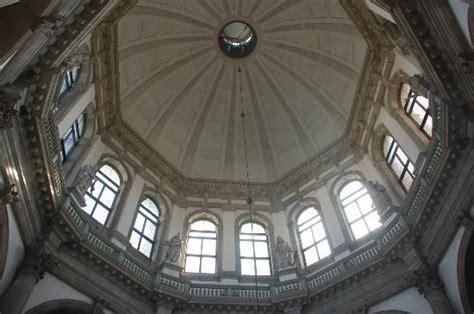 cupola emisferica cupola emisferica foto di basilica di santa della