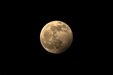 june strawberry full moon  feature  lunar eclipse