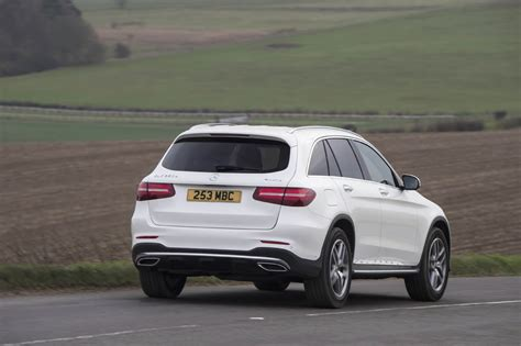 Our comprehensive reviews include detailed ratings on price and features, design, practicality, engine. Mercedes GLC 250 d 4MATIC AMG Line | Eurekar
