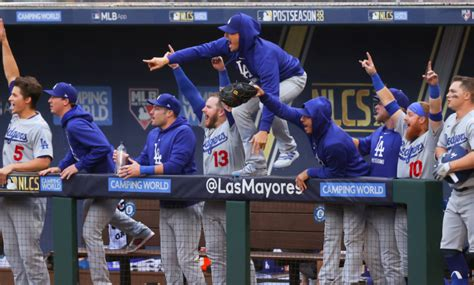 Dodgers vs. Braves Score: LA Re-Record First Inning Fuels ...