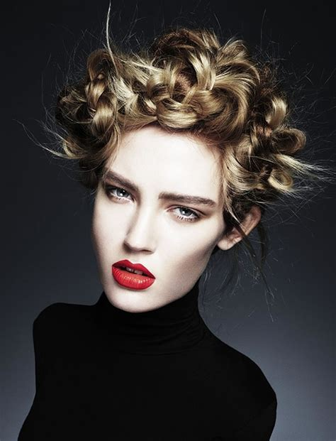 updo hairstyles   square oval faces