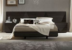 Lacquered Made in Italy Wood Luxury Platform Bed with Two