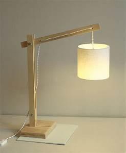 Lampe Design Bois : lampe articul e en bois esprit cabane ~ Teatrodelosmanantiales.com Idées de Décoration