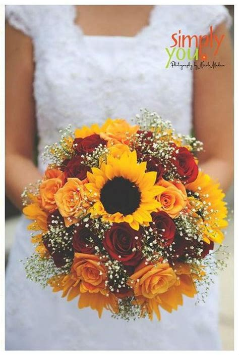 prettiest fall wedding bouquets  stand   page