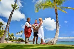 wedding in hawaii hawaii wedding locations beautiful wedding in honolulu hawaii
