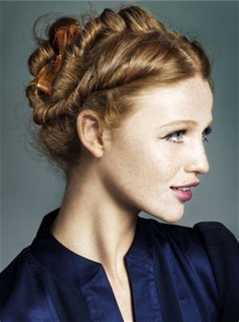 1940s Braided Hairstyles by 26 Best 1940s Hair Fashion Images On Hair