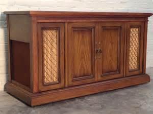 vintage mid century magnavox stereo console fm am radio