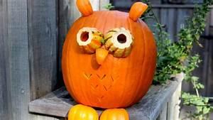 Une Citrouille Pour Halloween : hibou citrouille ~ Carolinahurricanesstore.com Idées de Décoration