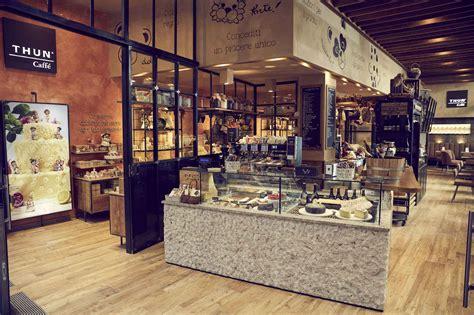 milano apre thun caffe tra oggettistica  cucina dell