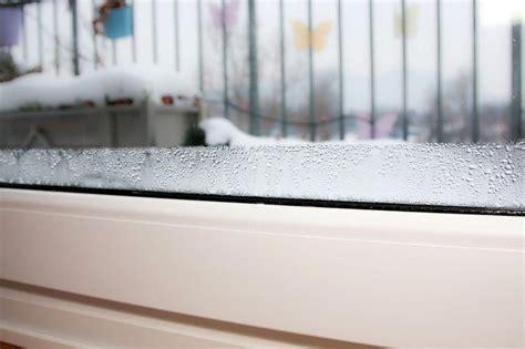 Kondenswasser Fenstern Vermeiden by Feuchte Fenster Verhindern Fensterheizung Hift Gegen