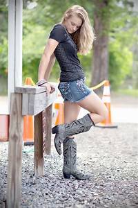 Concert Fashion - Country Music Festival Outfits / Classy ...