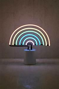 Neon Deco Chambre : pingl par nayaa sur photography n on fond ecran et cran ~ Melissatoandfro.com Idées de Décoration